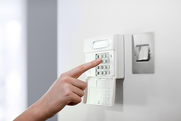 The Importance of Turning ON your Alarm system every time you leave your home (even if you're only going out for only 5 minutes!)